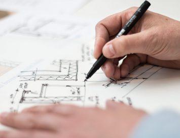 Aansprakelijkheid bouwkundig tekenaar voor bouwvergunningen die geweigerd worden?